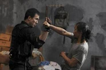 "Joe Taslim and Yayan Ruhian in ""The Raid: Redemption."""